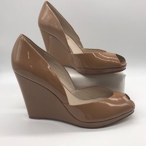Michael Kors Vail Taupe peep toe wedge size 9.5